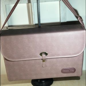 Mary Kay - Vintage MakeUp Carrying Case